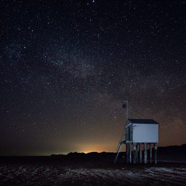 Melkweg vanaf de Waddeneilanden. FOTO: Hans Jellema