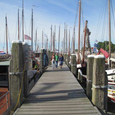 Jachthaven Terschelling. Poort Werelderfgoed Waddenzee.