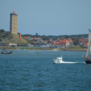 Terschelling is een populaire plek in Werelderfgoed Waddenzee voor watersport